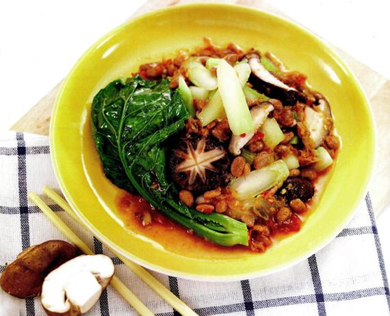 อาหารจากผักคะน้า 1