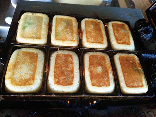 ขนมไข่สอดไส้ สูตรแม่บุหรั่น