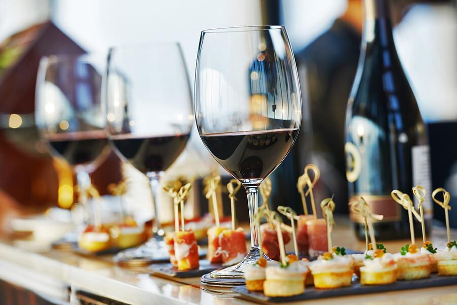 จับคู่ไวน์กับอาหาร