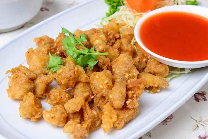 เอ็นไก่ทอดงาขาวพริกไทยดำ