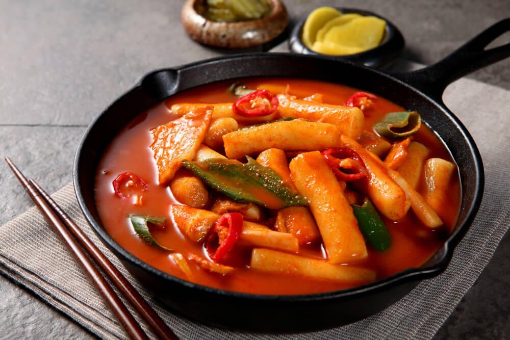 ต๊อกโบกี อาหารจากเกาหลี