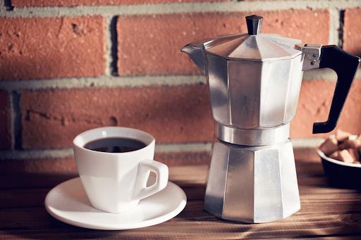 Moka Pot ที่ใช้ต้มกาแฟสด