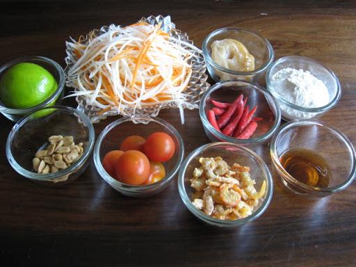 ส้มตำไทย รสเด็ด