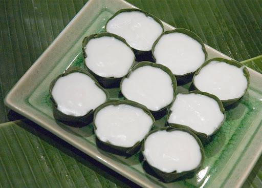 อาณาจักรขนมไทย  ขนมไทยร้าน หวานดำรงค์ ( แม่บญช่วย )