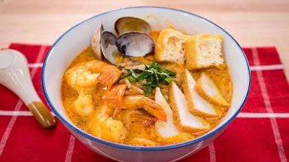 อาหารชาวสิงคโปร์ -บะหมี่ลักซา (Laksa)